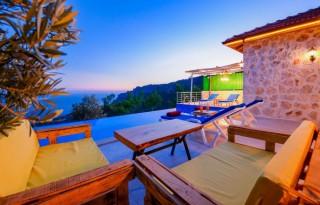 Villa Zeytin Dalı, Patara'da Deniz Manzaralı Korunaklı Villa