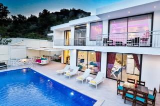 Villa Koza, Luxury conservative villa for 6 people in Islam
