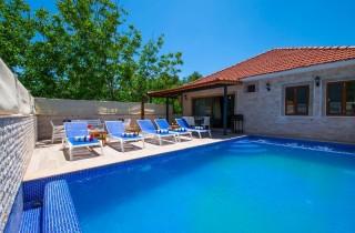 Villa Ceviz, Kalkan Bezirgan Köyünde 3 Yatak Odalı Villa
