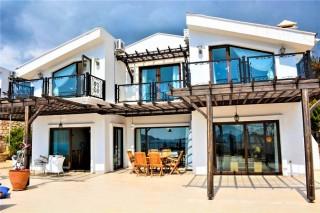 Villa Limon Kalkan Kalamar'da 6 Kişilik Deniz Manzaralı Villa