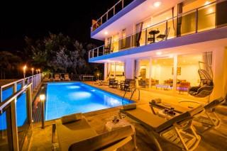 Villa Lumiere 3, Villa for 10 People in Kalkan Kiziltas