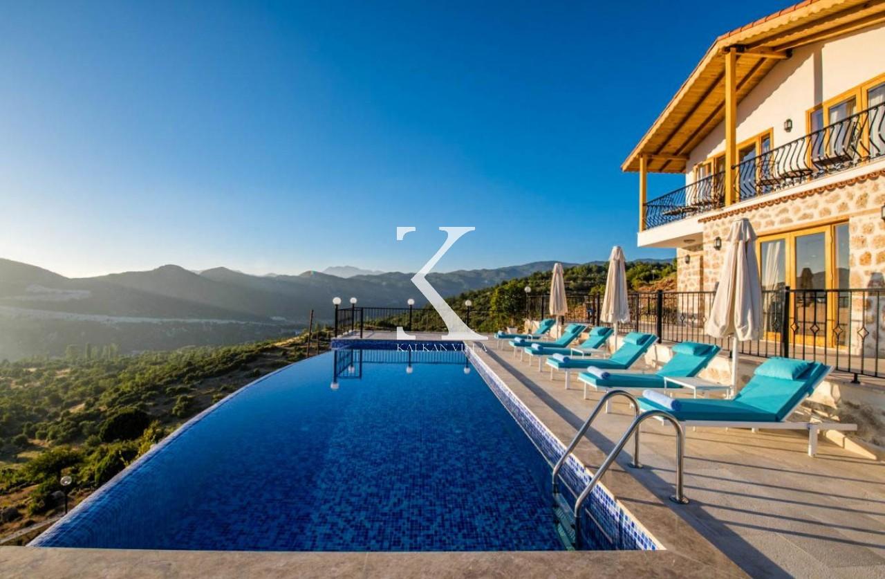 Villa Nazlı Bezirgan