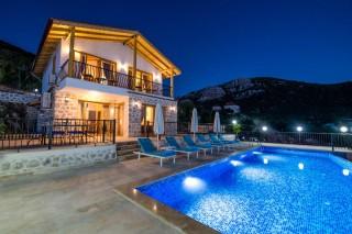 Villa Nazlı Bezirgan,3 bedroom villa for rent in Kalkan Sarıbelen