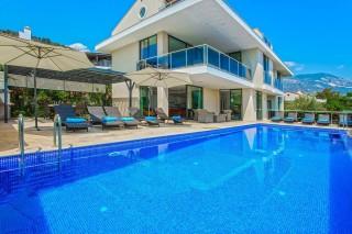 Villa Green is a 7 bedroom villa in Kalkan Kalamar.
