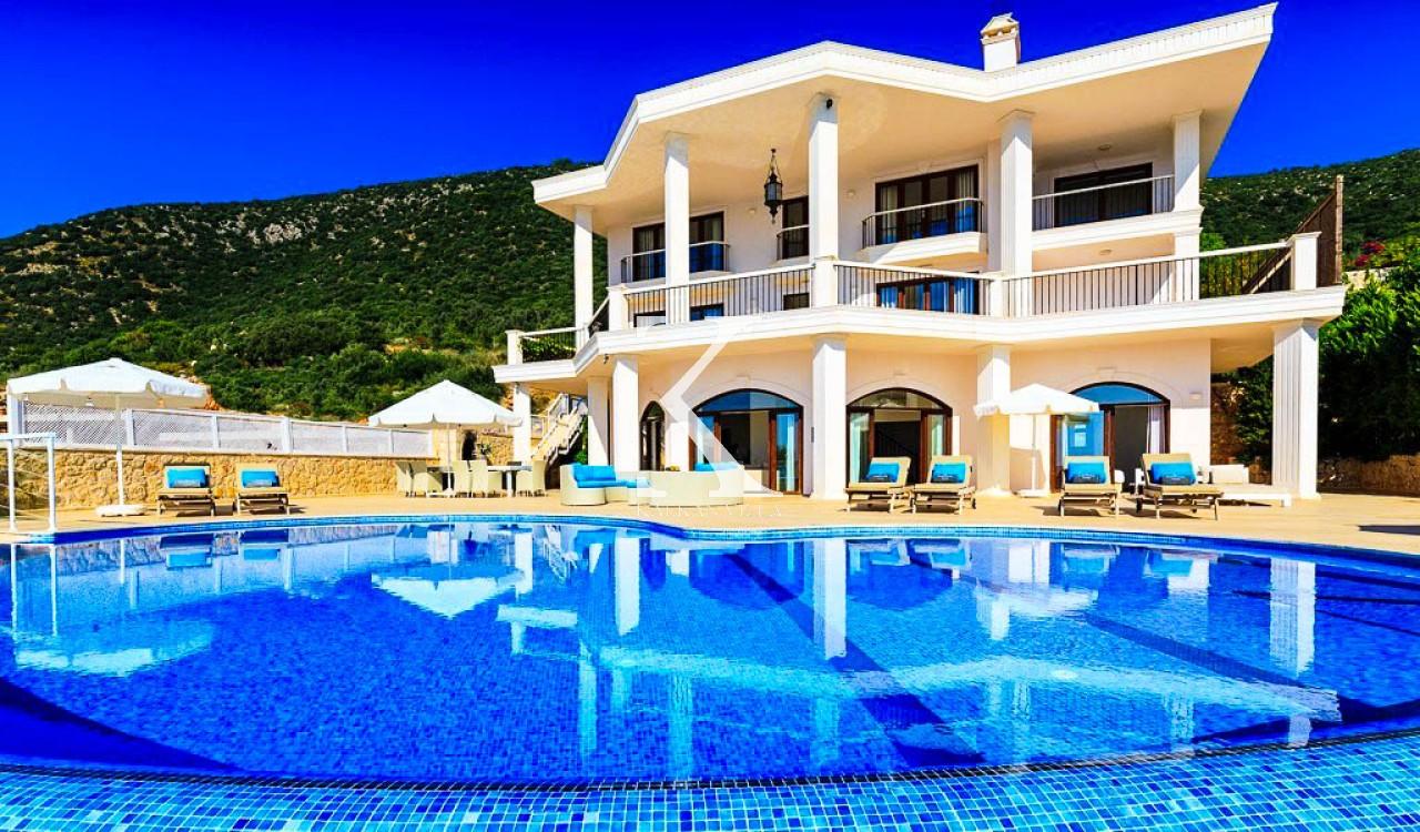 Villa Western
