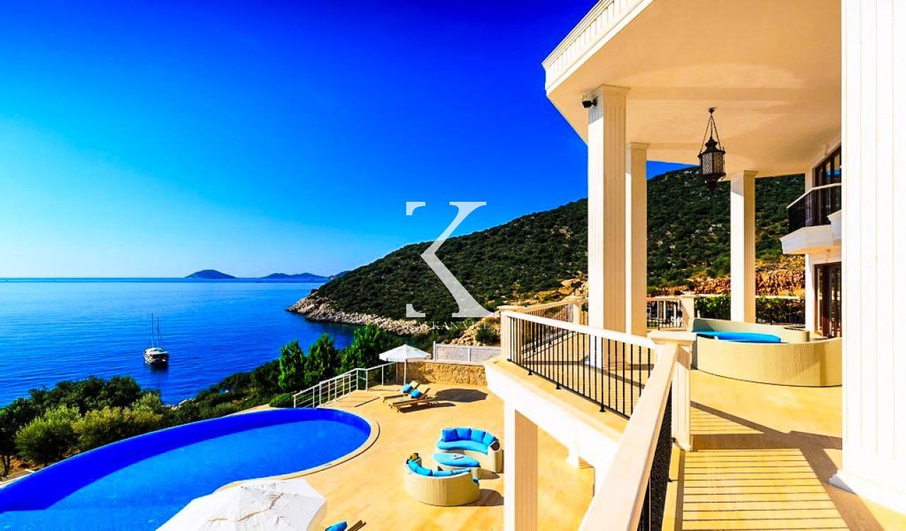 Villa Eastern