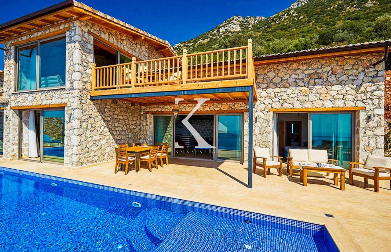 Villa Bronz