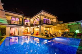Villa Eda, Holiday Villa with Sauna and Pool Shelter in Kalkan